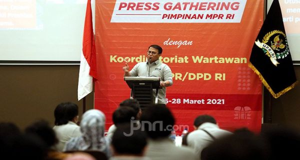 Basarah: Presiden Anggap yang Memunculkan Gagasan 3 Periode Mau Cari Muka