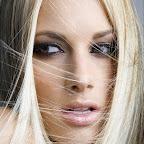 simples-blonde-hairstyle-250.jpg