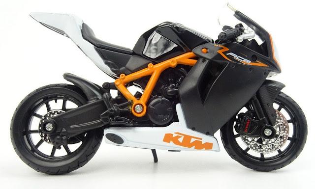 Đồ chơi mô hình xe máy KTM 1190 RC8 R BBurago tỷ lệ 1:18