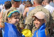 Сотни николаевцев пришли на митинг-реквием в честь воинов-десантников 79-й НОАМБр