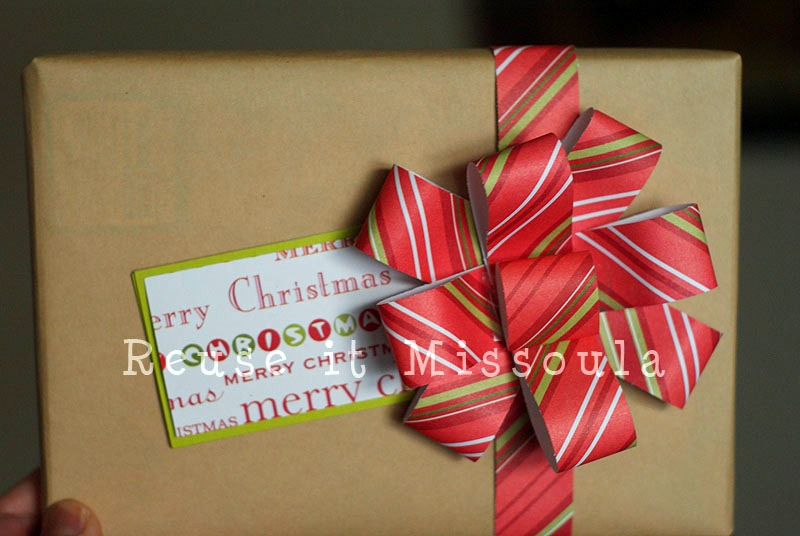 the final product who knew recycled wrapping paper could be so festive - How To Make Christmas Bows Out Of Ribbon