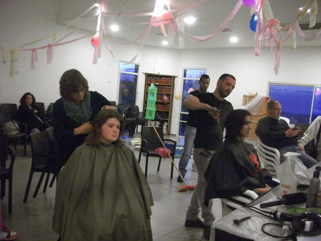 Donating hair for cancer patients 2014  - 1979932_539678182815146_1523703536_o.jpg