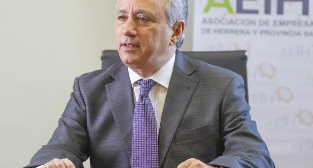 Industriales de Herrera piden que prevalezca la legalidad en las telecomunicaciones