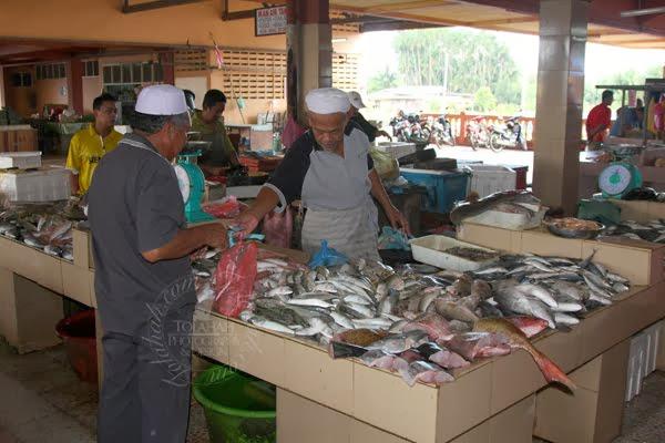 Pasar-Cabang-Tiga-Market