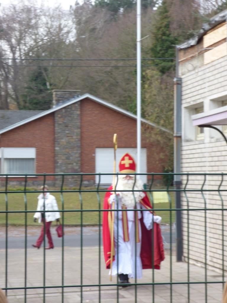 De Sint op bezoek! - P1040964.JPG