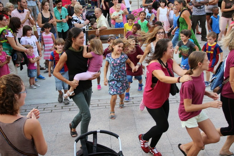 Festa infantil i taller balls tradicionals a Sant Llorenç  20-09-14 - IMG_4368.jpg