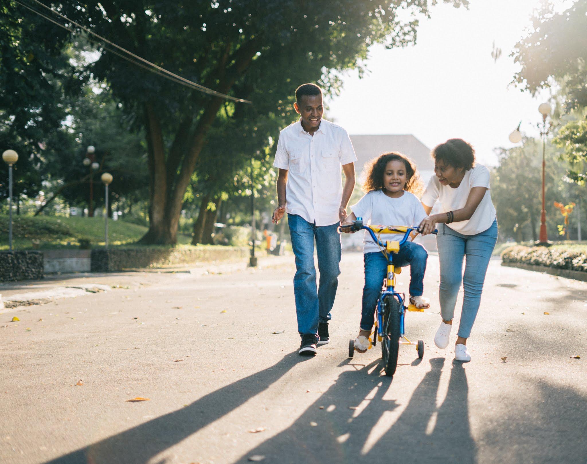Anne ve baba çocuğunu nasıl terbiye etmesi doğru olur.