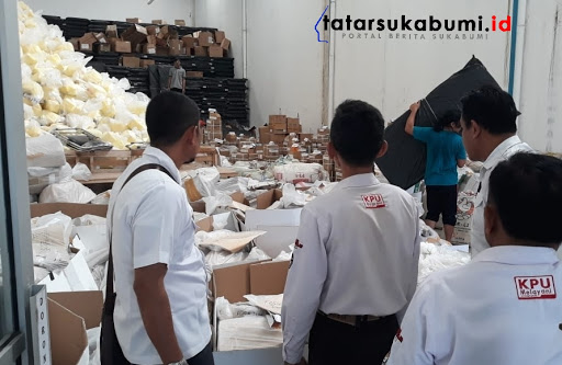 Pendistribusian Logistik Kelengkapan Pemilu Dapil 5 Sukabumi