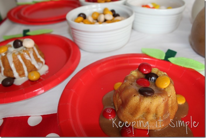 #ad Mini-Applesauce-Apple-Cinnamon-Bundt-Cake-Bar #BakeintheFun (21)