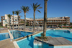 Les Oliveres Beach Resort