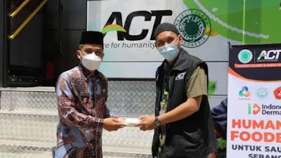 Melalui Humanity Food Bus, ACT Bagikan Paket Makanan Bergizi