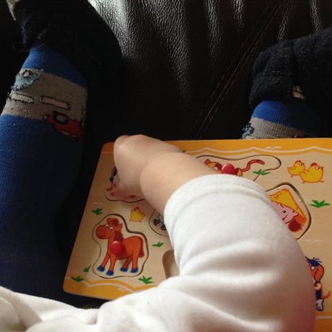 Holzpuzzle für Kleinkind