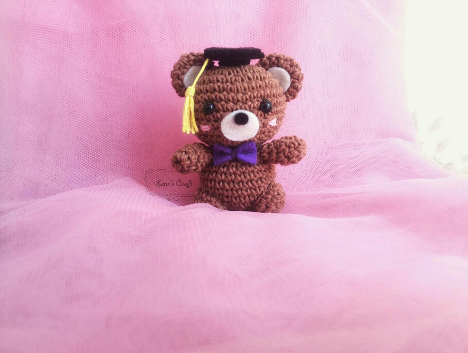 Graduation Teddy pattern by Holly's Hobbies | Crochet teddy bear ... | 1207x1600