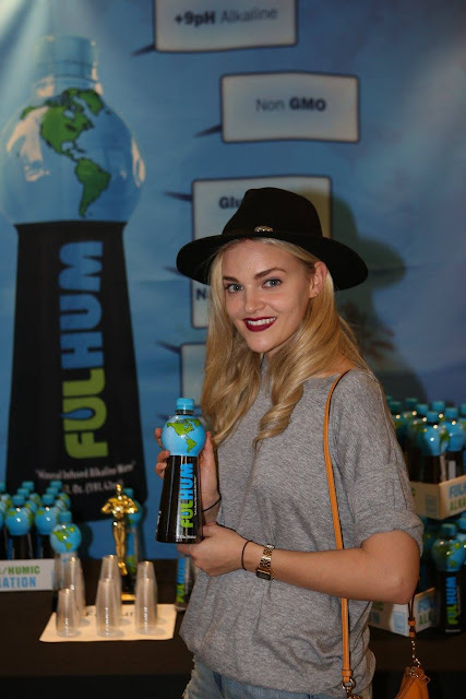 Madeline Brewer Profile pictures, Dp Images, Display pics collection for  Facebook,