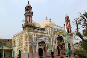 South-West view of Dai-Anga masjid, Lahore