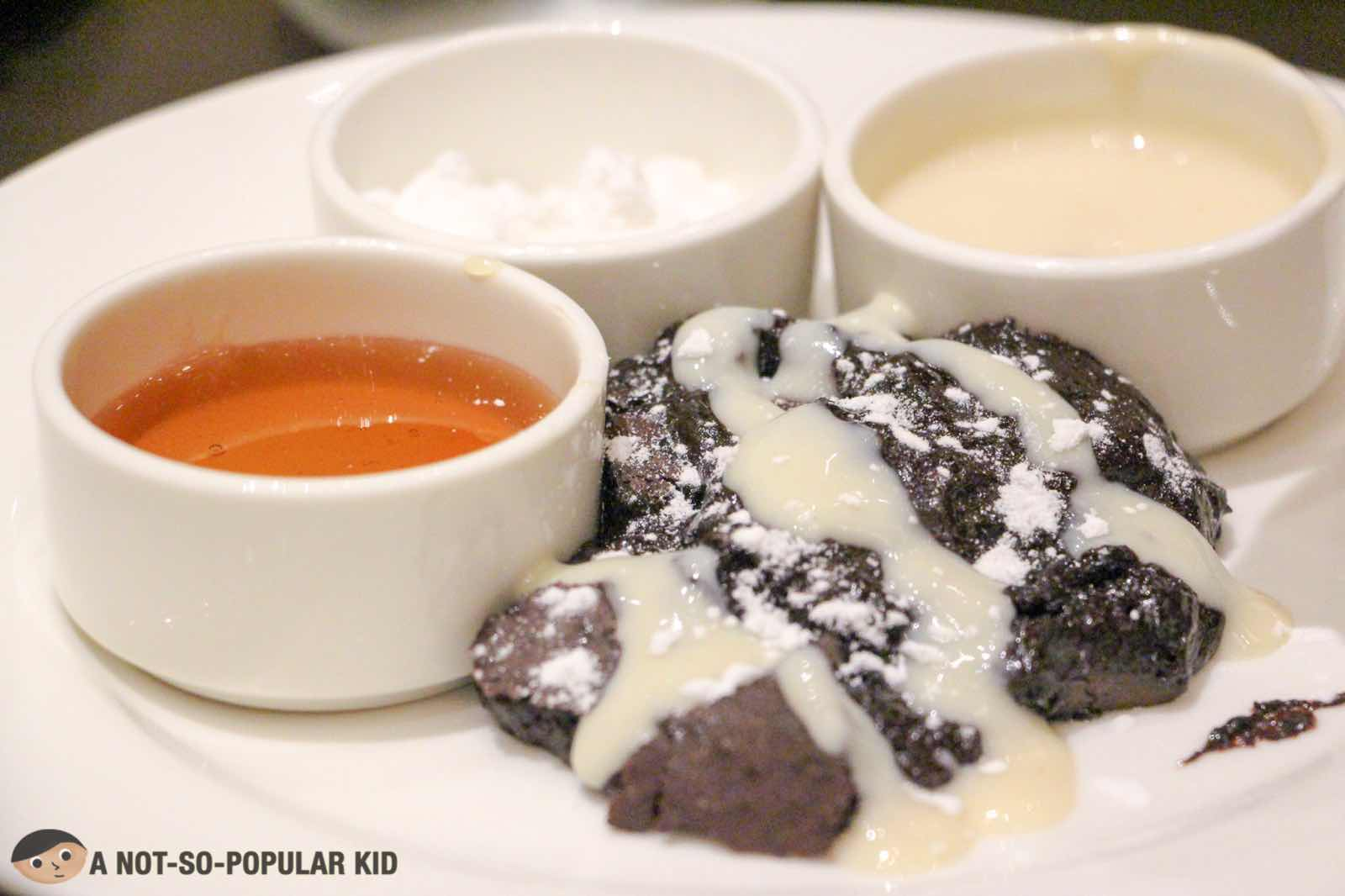 Gooey Lava Cake in S Kitchen, Sheraton Hotel