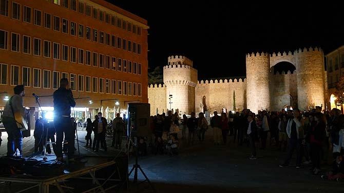 acústicos de coca-cola muralla Ávila