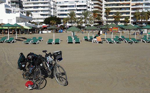 Unsere Räder am Strand von Marbella