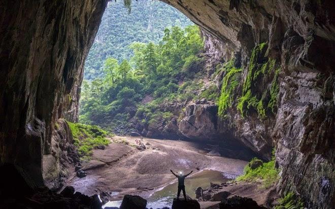 Sơn Đoòng Cave picture 3