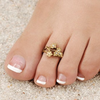Lovely-toe-rings-designs-ideas-for-bridals-2