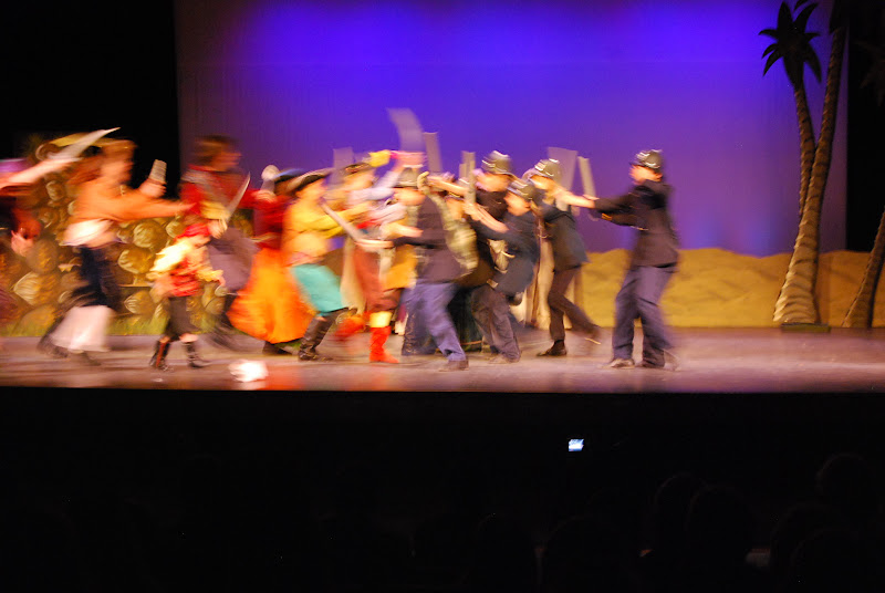 2012PiratesofPenzance - DSC_5921.JPG