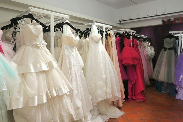 城市花園婚禮工坊 高雄自助婚紗 - 拍婚紗照之禮服挑選 (22)