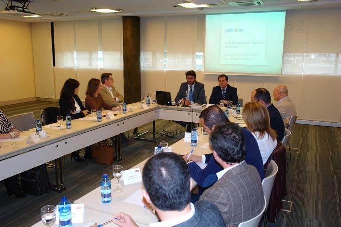 Turismo promueve la homologación de las viviendas alquiladas para usos vacacionales como alojamientos reglados