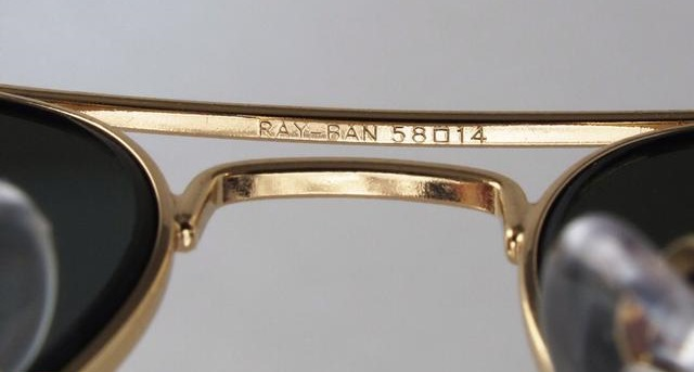 Ray-Ban Nose Bridge Logo
