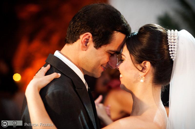 Foto de casamento 1658 de Nathalia e Fernando. Marcações: 04/12/2010, Casamento Nathalia e Fernando, Niteroi.
