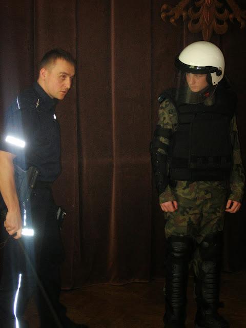 W Komendzie Miejskiej Policji w Krośnie - IMG_0049.JPG