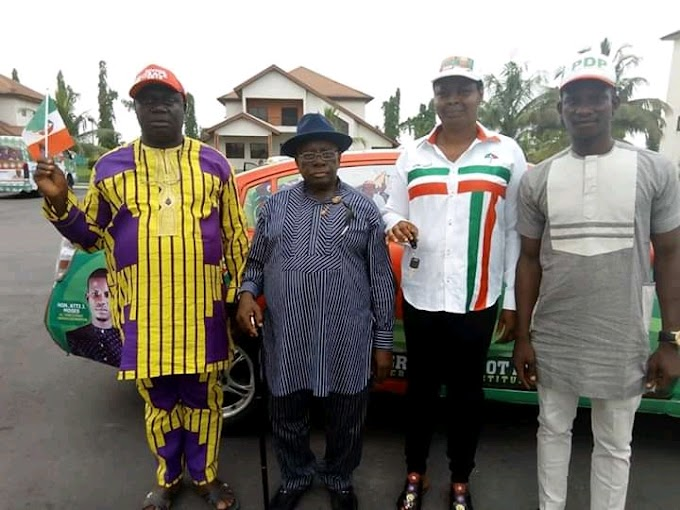 Gov Dicksons aid presents campaign car to PDP candidate