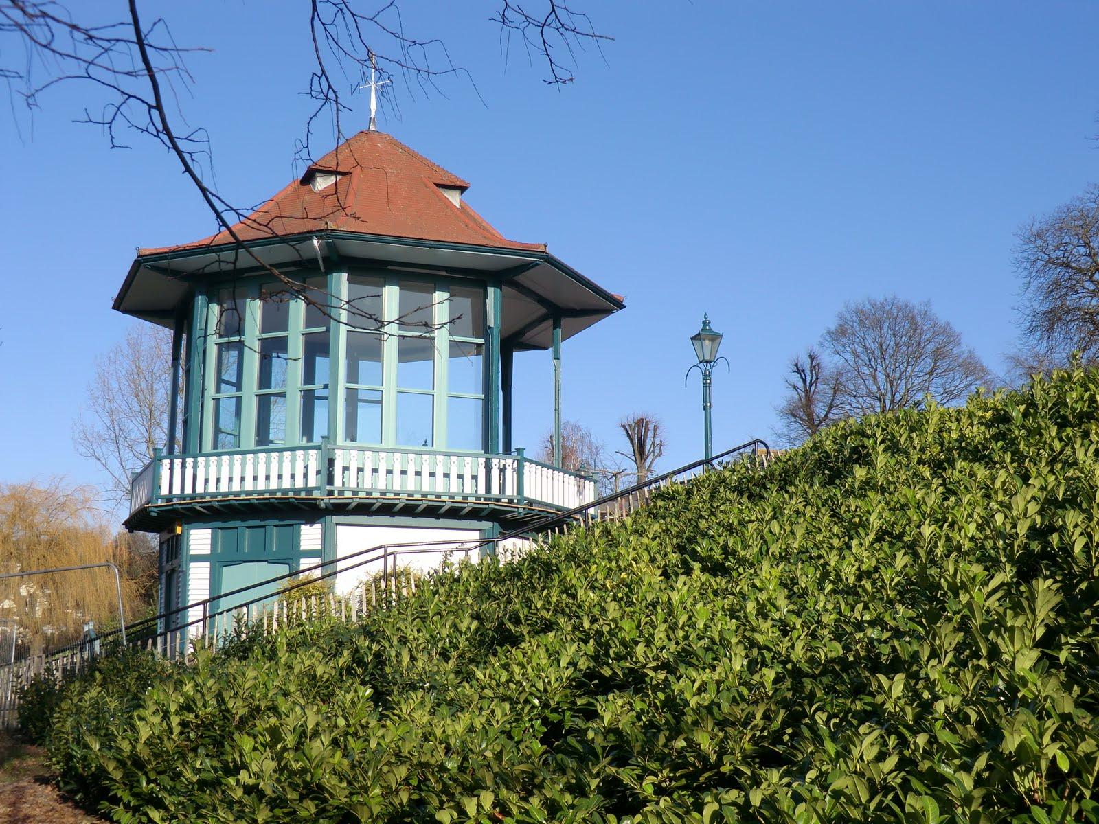 CIMG1617 Bandstand, Horniman Gardens