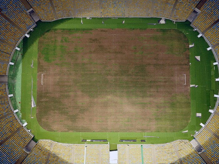 maracana-olympic-facilities-fall-apart-urban-decay-rio-2016-12