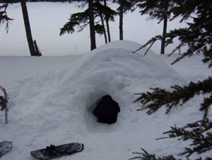 Igloo/cave built by a previous group