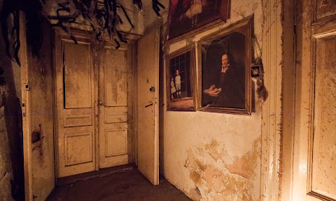 Around The World In Haunted Houses