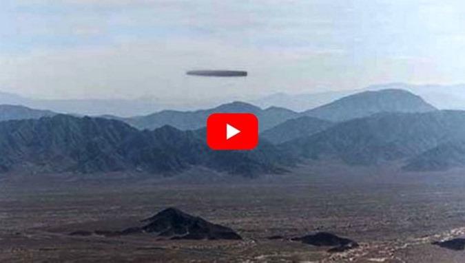 Linhas de Nazca, Peru, ufologista registra enorme OVNI com formato tubular