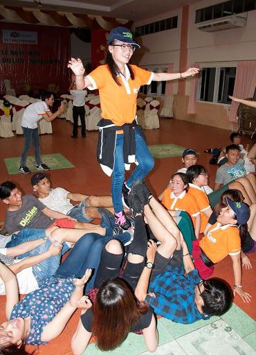 Nhiều hoạt động vui chơi giải trí được tổ chức đã thắt chặt tình cảm, sự giao lưu, tìm hiểu giữa các sinh viên trong khối ngành.