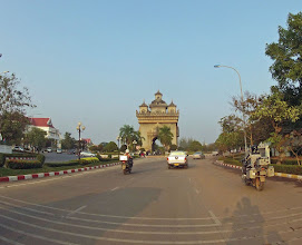 Photo: The monument Patuxai in Vientiane. We spent only an afternoon in the capital of Laos.