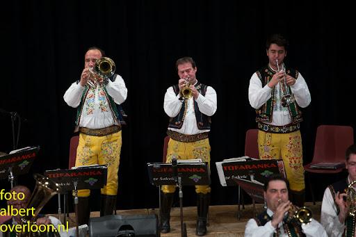Blaaskapel Freunde Echo met Tufaranka Overloon 19-04-2014 (28).jpg