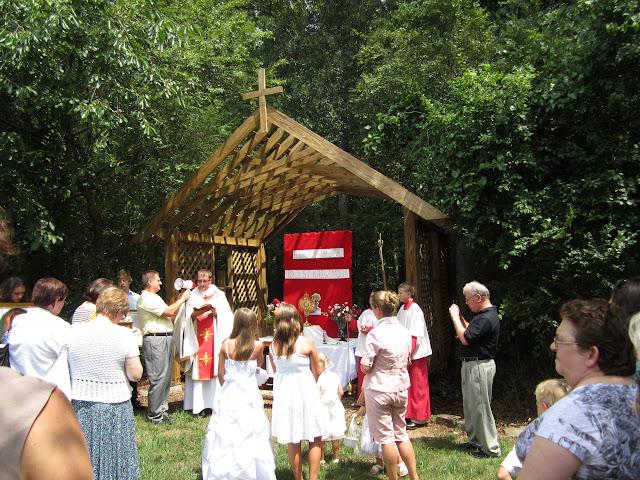 6.26.2011 Boze Cialo - procesja do 4ech oltarzy - IMG_0372.JPG