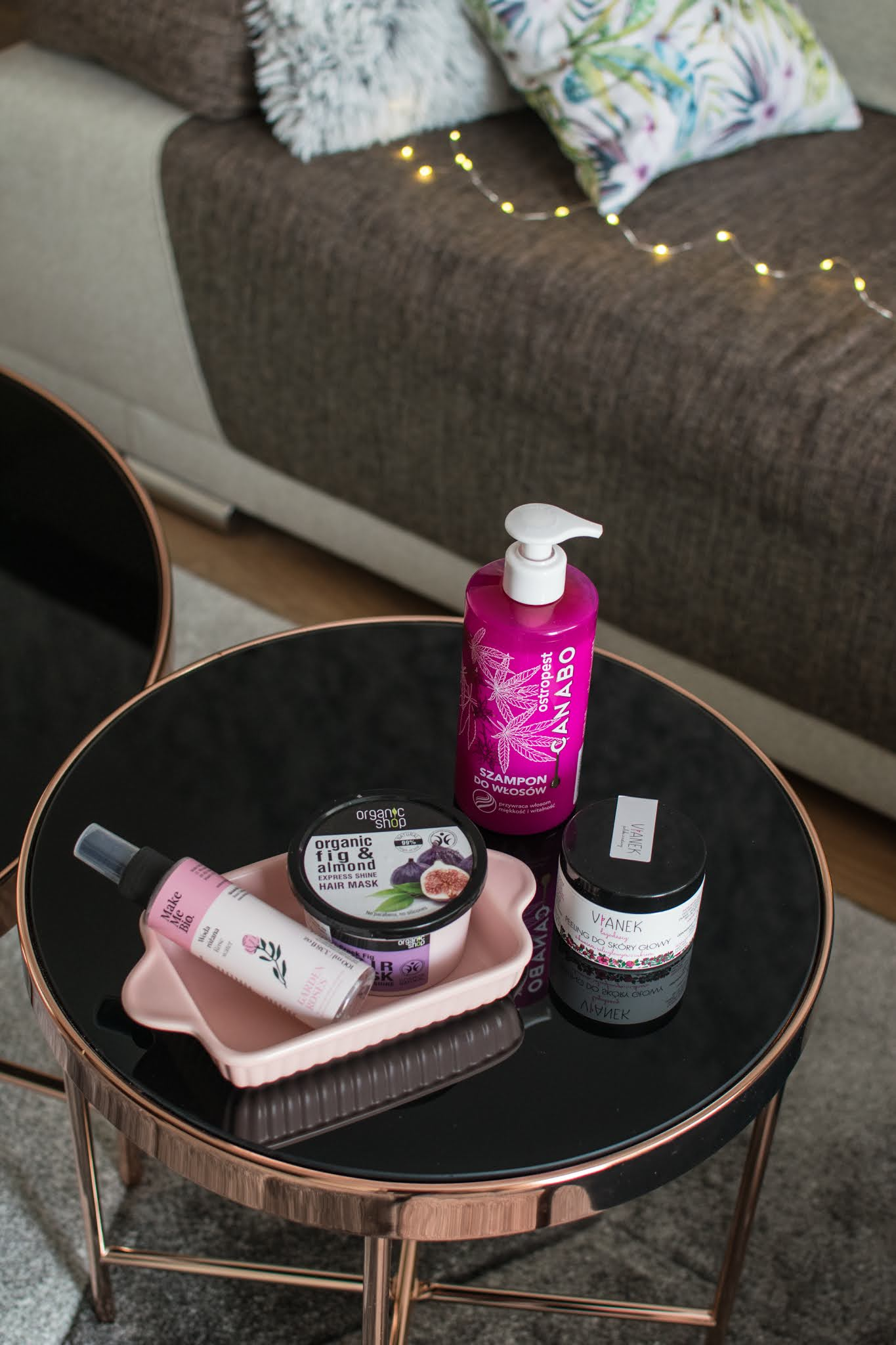 Niedziela dla włosów z kosmetykami naturalnymi