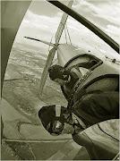 2003-2004 г.г. Коротич, самолет По-2 (ХАИ). В руках опытных пилотов По-2 (ХАИ) выполнил полный комплекс фигур высшего пилатажа