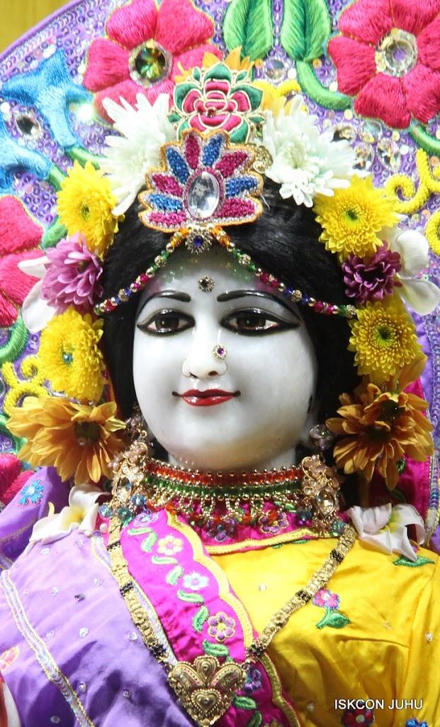 ISKCON Juhu Mangal Deity Darshan on 31st July 2016 (17)