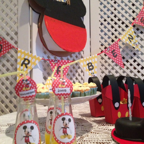 MICKEY MOUSE DESSERT TABLE IDEAS
