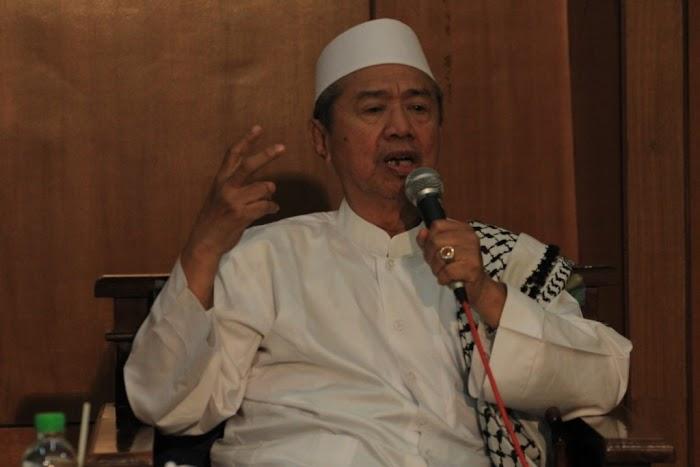 Innalillahi, Pengasuh Ponpes. Besuk, KH. Muhammad Subadar Wafat