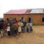 2012 : Malgré les vacances de Pâques, quelques élèves étaient venus à notre rencontre