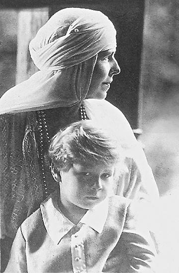 Regina Maria și Regele Mihai I al României - Queen Mary of Romania and King Michael Of Romania