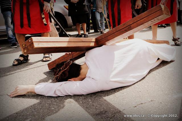 Via Crucis 2012 Trailer - IMG_0359.JPG