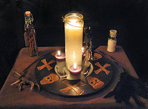 Skulls Mirror, Candle Magic