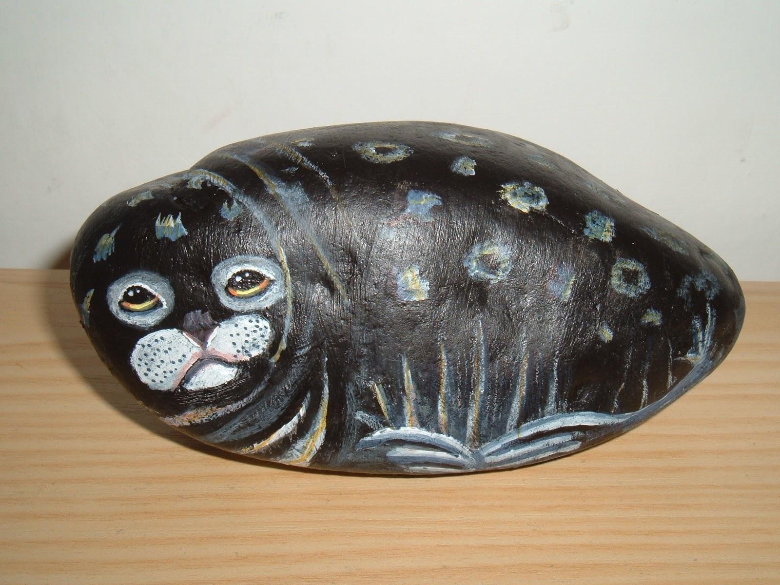Apinella...: sassi dipinti artico